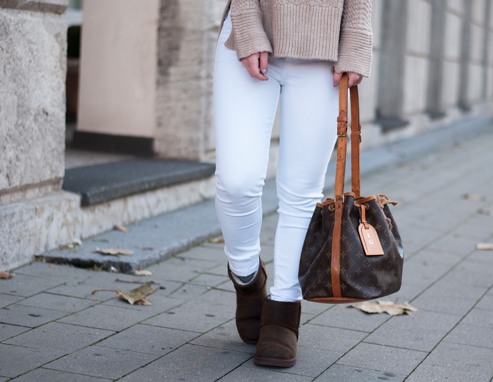 winter-outfit-cozy-look-fashionblogger-modeblog-knitwear-ugg-boots-camel-beige-louisvuitton-sac-noe-ootd-duisburg-nrw-3