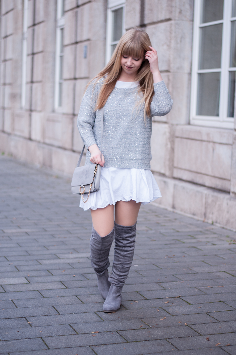 BIRTHDAY OUTFIT: WHITE AND GREY LAYERING LARA IRA