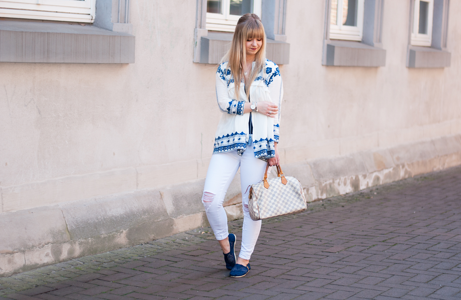 OUTFIT: EMBROIDERED BOHO CARDIGAN