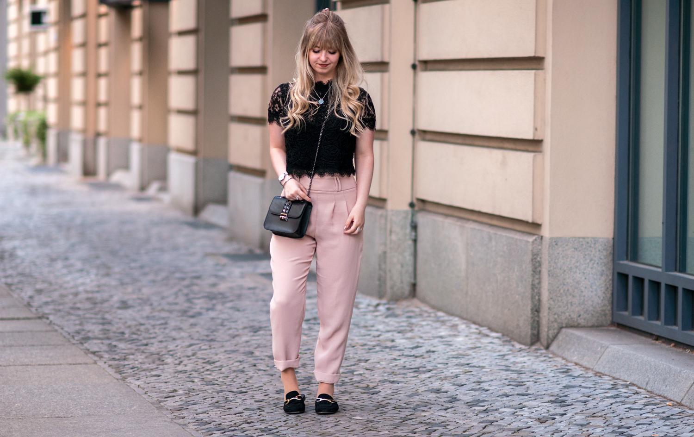 OUTFIT: PINK CIGARETTE PANTS & BLACK LACE-TOP
